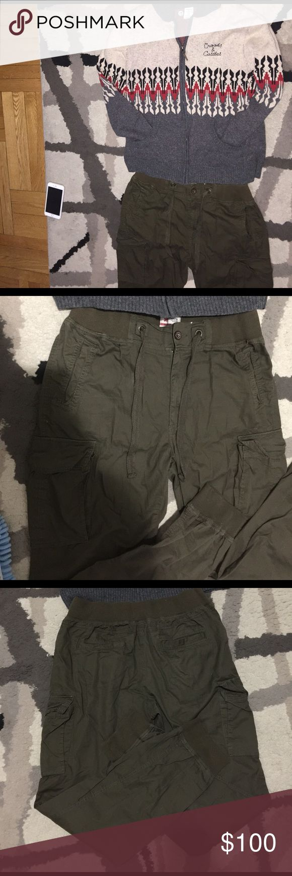 Mens outfit slim fit cargo pants joggers +sweater Both items are like new no signs of wear . The sweater never worn and the joggers worn maybe 3x. No flaws ..  Cargo pants is a slim fit size 40/34 and sweater XL . U can purchase sweater separate on another listing or pants on this page Lmk.. Listing is for both items u see Pants Cargo