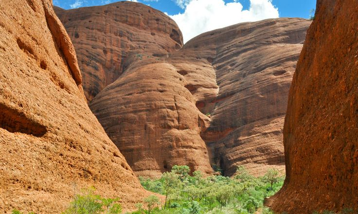 Kata Tjuta (aka the Olgas). www.secretearth.com/attractions/741-kata-tjuta-aka-the-olgas