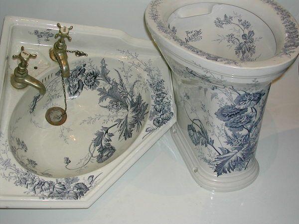 Victorian blue transfer corner basin and toilet  c.1890   So pretty