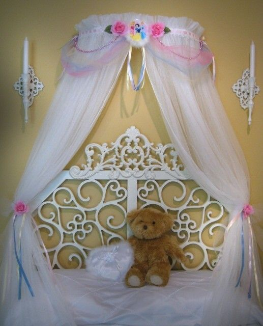 Disney Princess CROWN Fairy Bed Canopy Girls Bedroom Netting Sheers Included & 131 best Princess images on Pinterest | Bed canopies Canopy for ...
