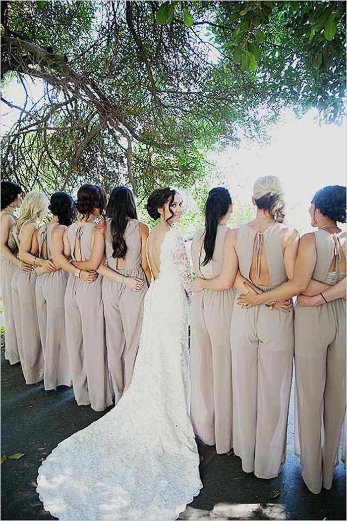 combinaisons pantalon femme beige pour les demoiselles d'honneur