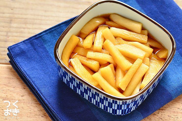 余った大根の消費にもオススメのレシピ。にんにくの風味が染み込んだポリポリ食感の大根は、おつまみにも最適です。にんにく自体を食べるわけではないので、食後のにおいは、ほとんど気になりません。冷蔵保存5日