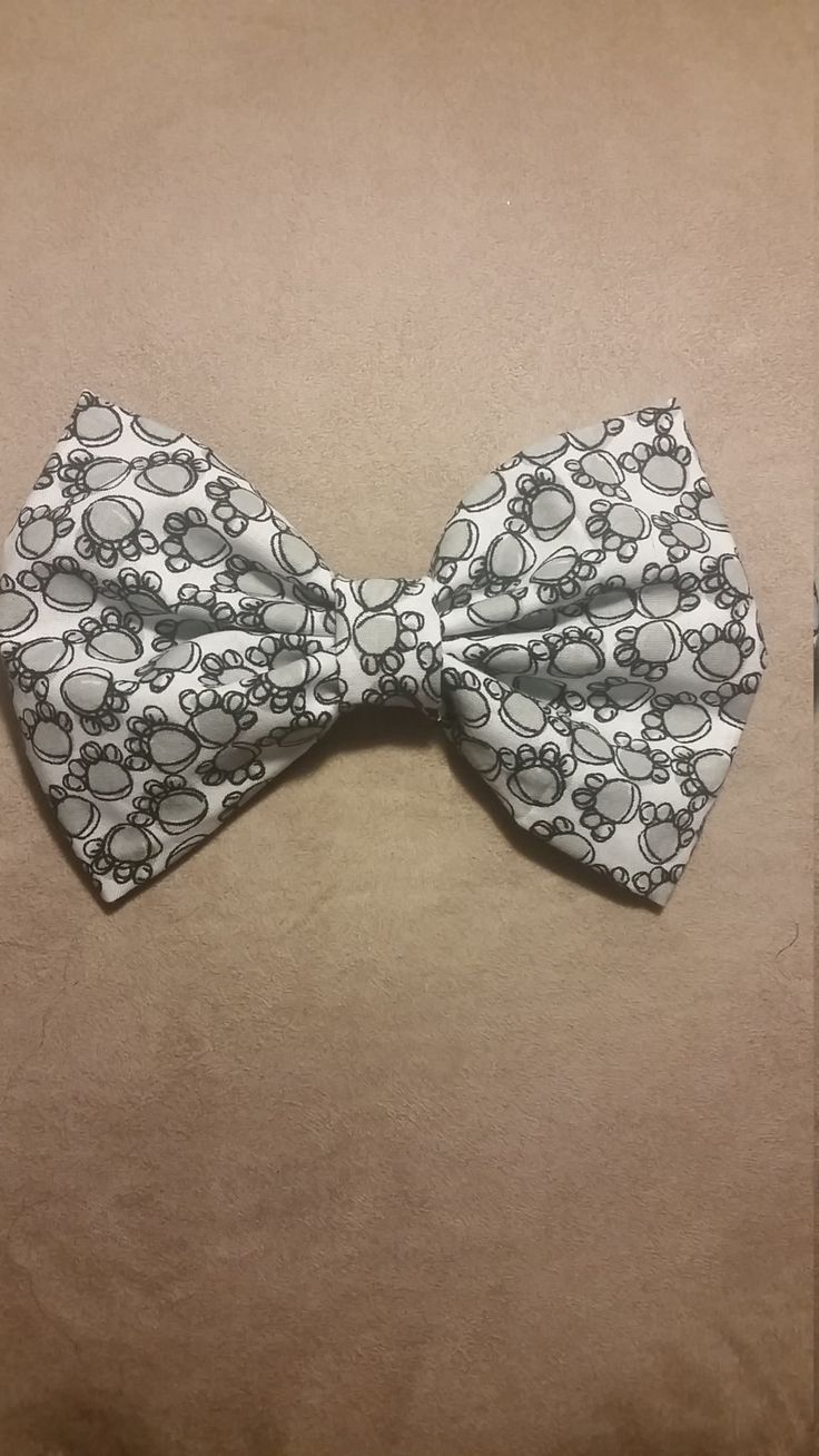 Pawprint bow by lilbeautysbowtique on Etsy