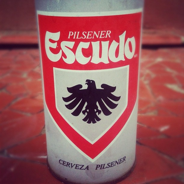 Cerveza Escudo