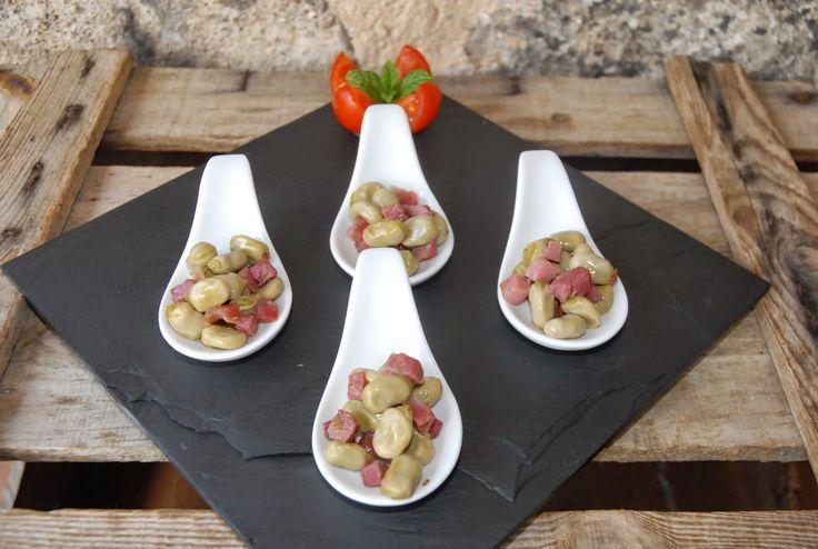 Bakemester Snipp: Fredagstapasen;Limabønner med serrano skinke/Habitas con jamon