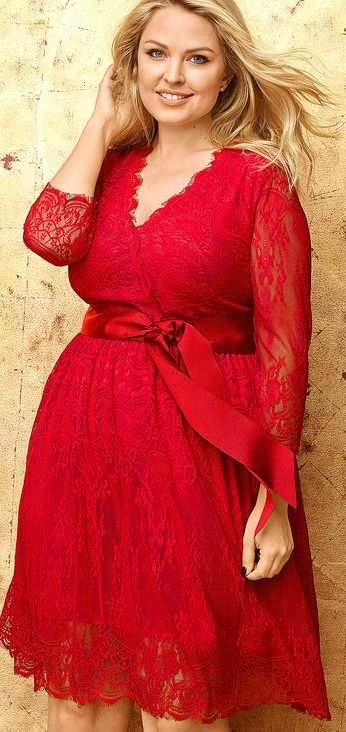 Plus Size Belted Lace Dress