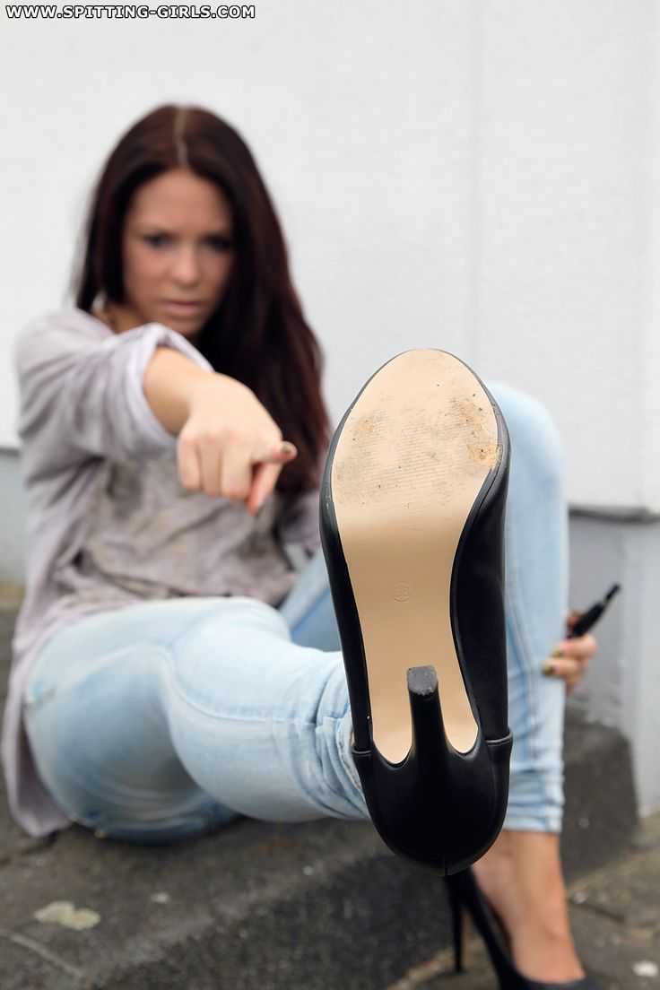 Boot licking and jean val jean | Hot foto)