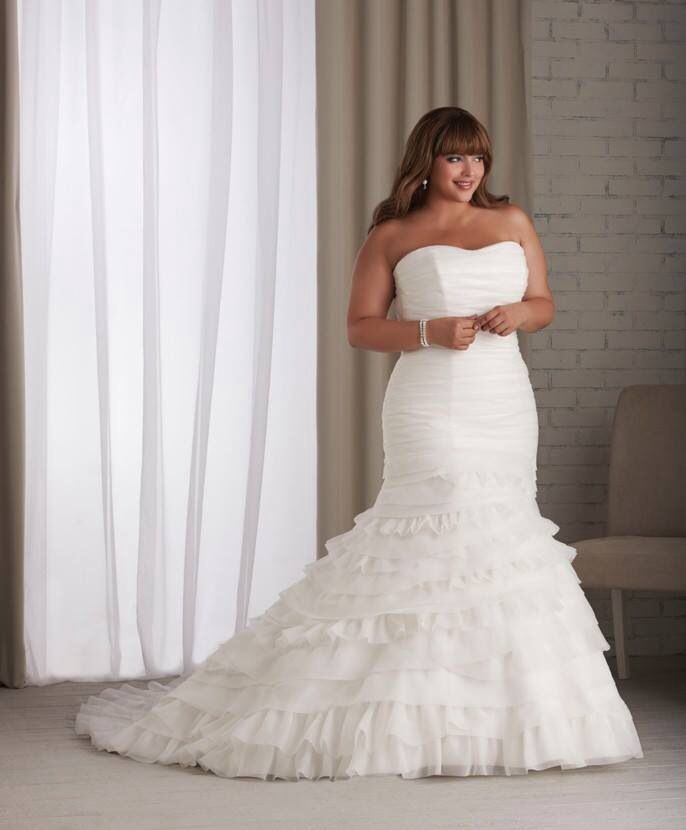 15 best thick girl bride dresses images on Pinterest | Wedding ...