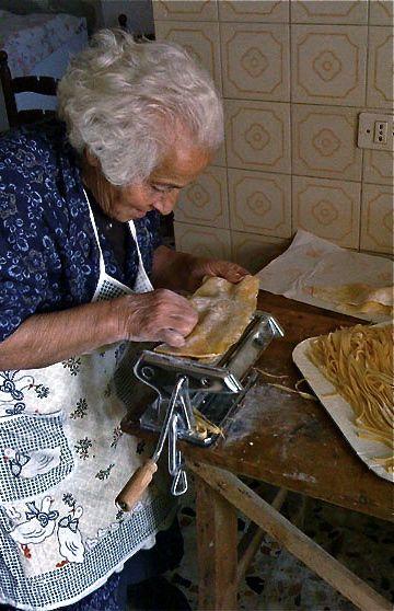 bisnonna making fettuccine