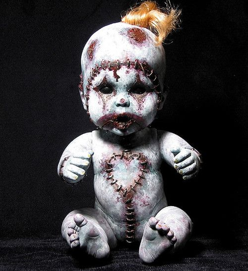 i just love these creepy baby dolls!!!