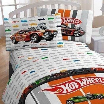 Hot Wheels themed bedroom decor for your racing enthusiast might be just the thing to bring a huge smile on Christmas morning...maybe pair up these sheets with some racing pjs?https://storify.com/justjillin/hot-wheels-bedroom-ideas