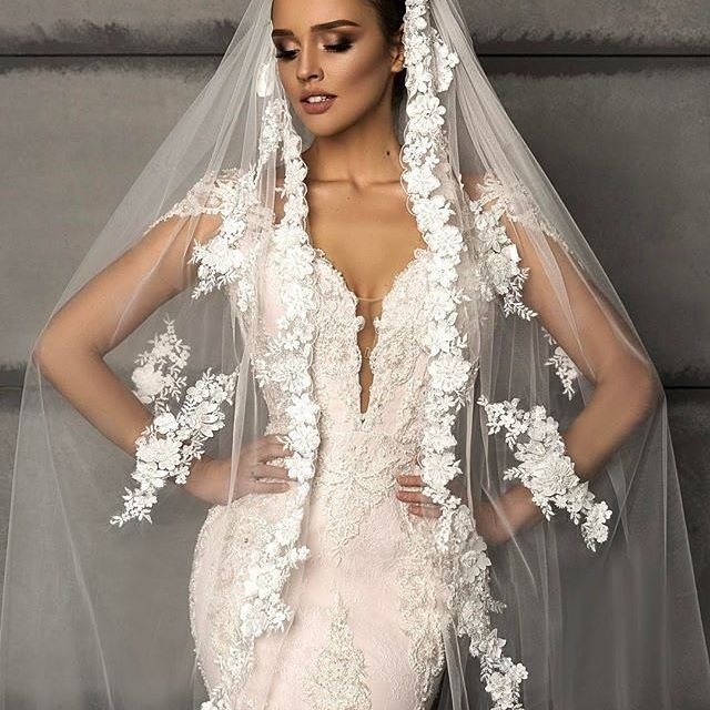 Loving @crystaldesign_official oh-so fabulous bridal designs. Just check out her amazing veil✨! #CrystalDesign