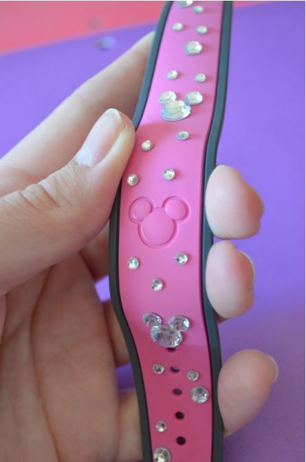Add a little bling to your Walt Disney World magic band