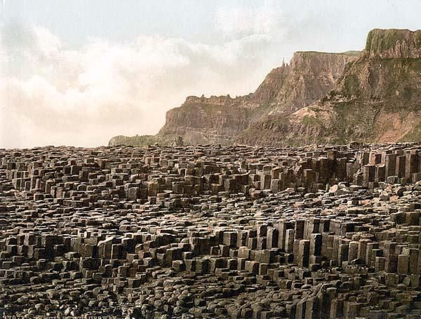 Giants Causeway. County Antrim, Ireland: Natural Wonder, Favorite Places, Causeway Antrim, Giant Causeway, Northern Ireland, Amazing Places, Weights Loss, Los Basalto, County Antrim