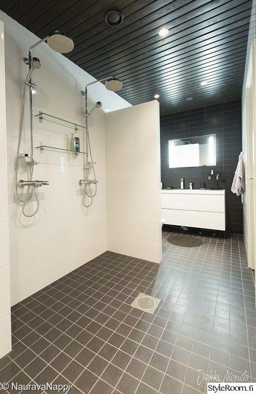 damixa,laatta,pesuhuone,sauna,musta seinä,mustavalkoinen,valopeili,sadesuihku,kylpyhuone