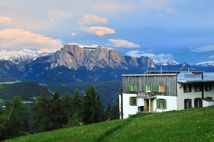 Isarco valley, in South Tyrol, is the stunning location of Pension Briol - Italy  http://www.bloglovin.com/frame?blog=4523623&group=0&frame_type=b&frame=1&click=0&user=0