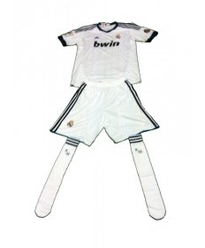ADIDAS- BOX NIÑO 1ª  EQUIPACION REAL MADRID 2012-2013