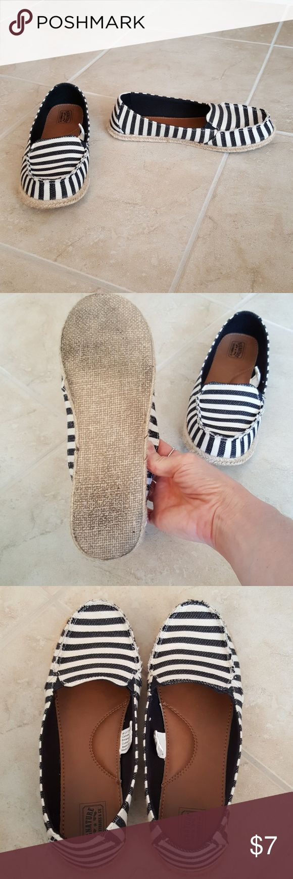 Levi Signature * Black / ivory slip on espadrilles Extremely comfy slip ons. Beyond cute stripes. Gently worn. Perfect for shorts or skirt. Great casual style. Canvas uppers. Size 8. Levi Strauss Signature Shoes Espadrilles
