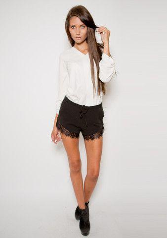The Accomplice Shorts - black lace shorts www.urbanique.net