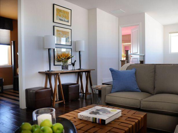 Transitional Living Rooms From Linda Woodrum On Hgtv Sofa Table Arrangement Linda Woodrum
