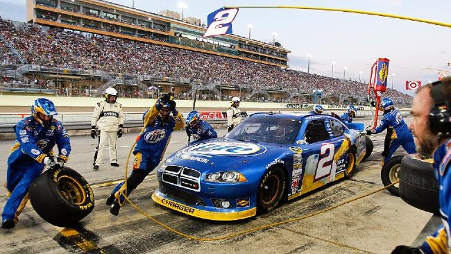 NASCAR Homestead: Brad Keselowski doesn't let pressure get to him in championship run by Bob Pockrass