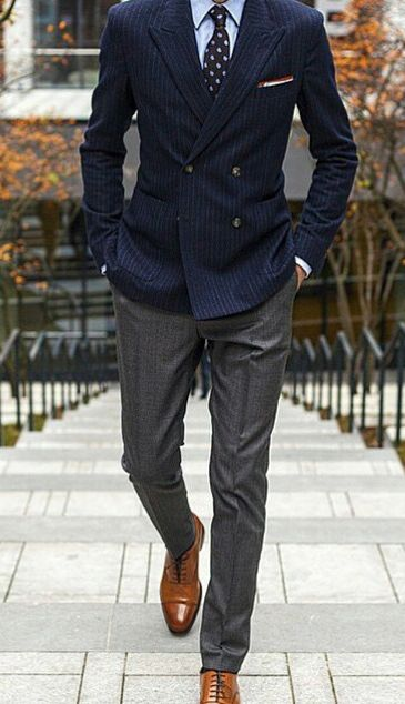 you can wear a different color top and bottom when suiting like this example