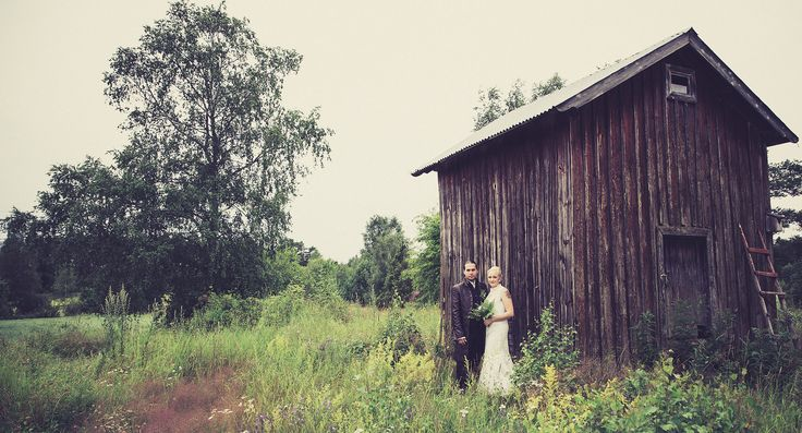 #häät #hääkuvaaja #valokuvaaja #beloved #weddings #maalaismaisema #rakkaus #photography #wedding #groom #bride #summer
