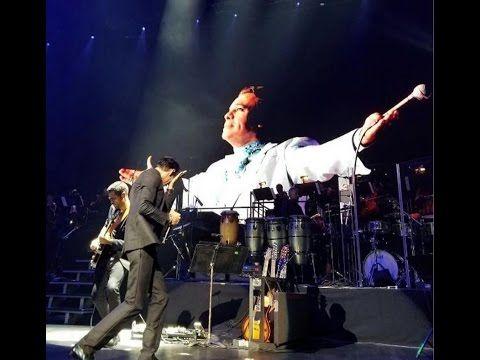 Marc Anthony llora en homenaje a Juan Gabriel, Abrazame muy fuerte en vivo interpretación - YouTube