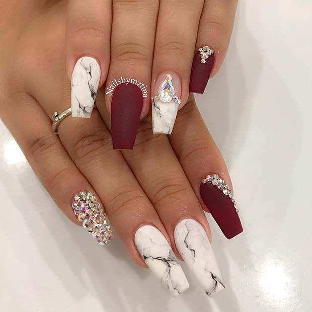 Burgunder Marmor Nagel Mit Strasssteinen Nails Design With Rhinestones Diamond Nail Designs Classy Nail Designs