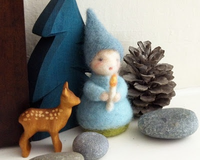we bloom here ~ http://webloomhere.blogspot.com/2012/12/the-gift-of-gnome.html