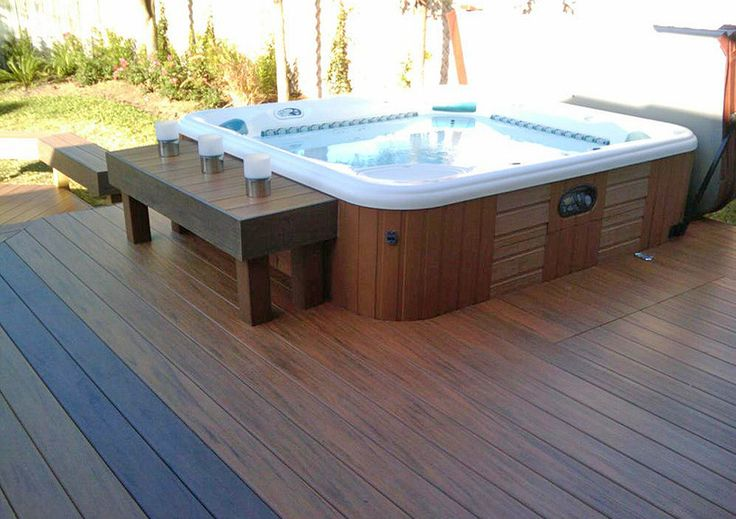 Sunken hot tub deck design outdoor living area for Pool and jacuzzi designs