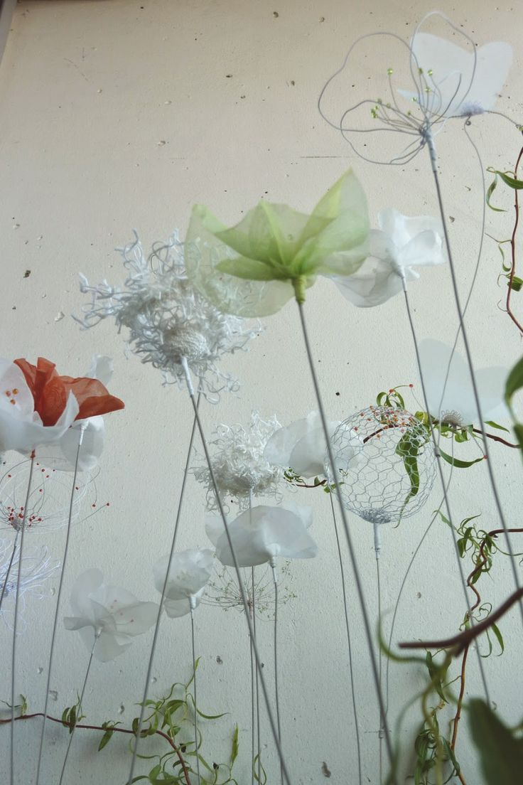 Laurence Aguerre installation « Un peu d'air »  présentée à l'Aiguille en Fête