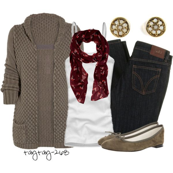 Cool & chilly day outfit but very comfortable. I did mention how much I love cardigans &  tees right.