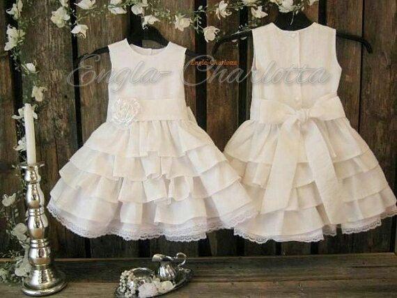 White linen flower girl dress, girls ruffle dress by englaCharlottaShop, €52.00  #flowergirl #white #rusticwedding