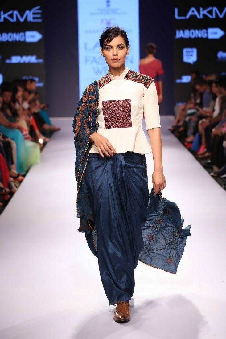 Lakmé Fashion Week – DEEPIKA GOVIND AT LFW SR 2015