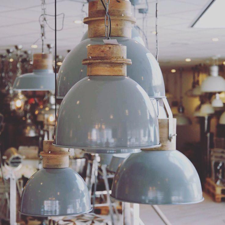 Collectione lampen en woondecoratie bij Pakhuis 3