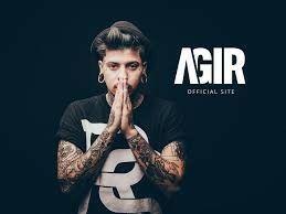 Agir. Got it. Portuguese singer.