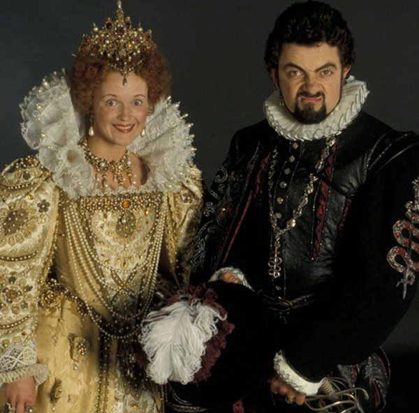 Miranda Richardson (Queenie) and Rowan Atkinson (Lord Blackadder) in Blackadder II