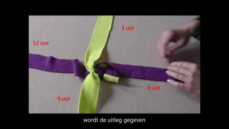 Tug touw. Fleece hondenspeeltjes zelf maken: scoubidou. Fleece tug toy f...
