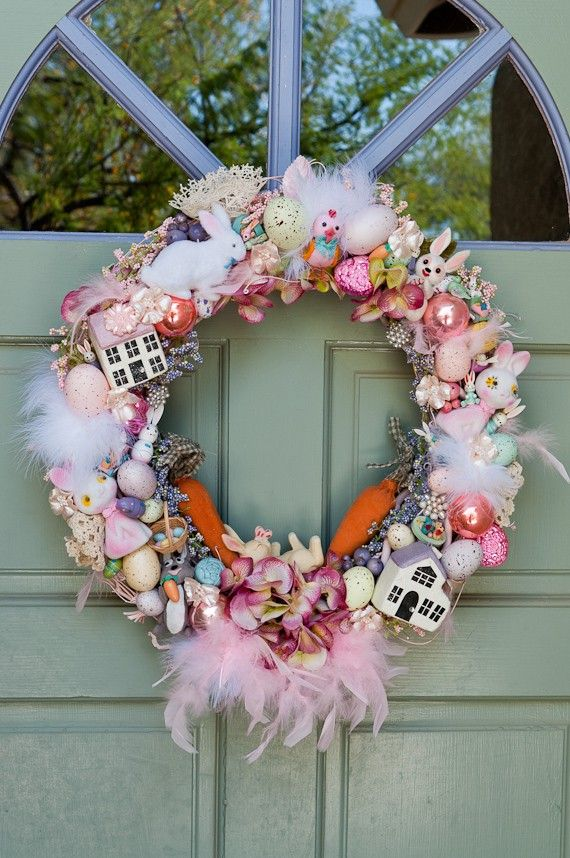 Vintage Easter Wreath      #easter #happyeaster #bunny #eggs #chicks #easterbunny #eastereggs #spring #springplanning #holiday #holidayideas #holidaybaking #holidaycrafts #eastercrafts #easterdecor www.gmichaelsalon.com
