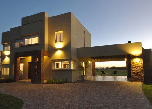 Seratti y Saviotti Arquitectos - Casa estilo actual racionalista - PortaldeArquitectos.com