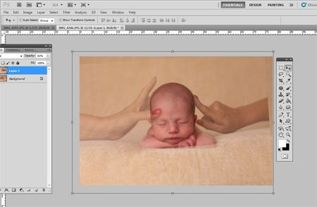Tutorial for photographing newborns using composite shots. (Safety should be the photogs first priority!)