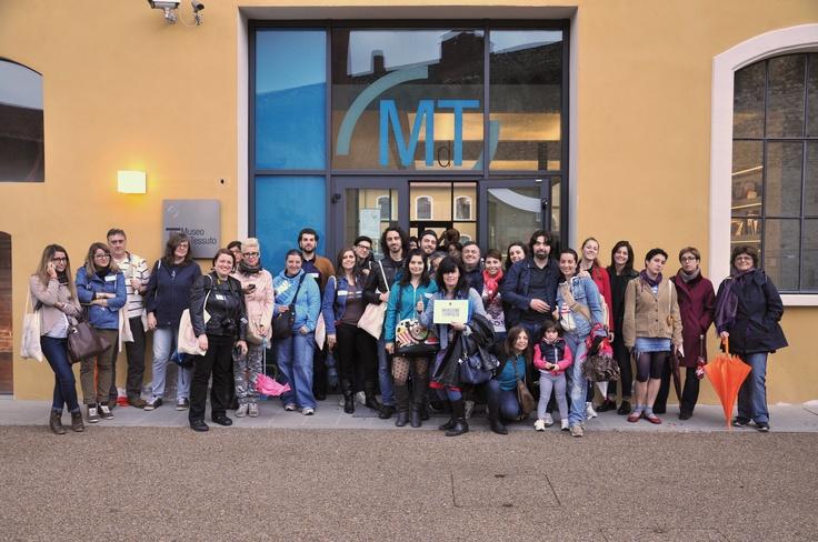 Da Prato ci arrivano le prime immagini dell'#invasionecompiuta al Museo del Tessuto! #InvasioniDigitali