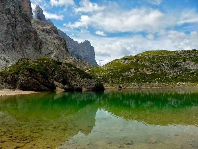 "Mamma Aiuta Mamma: ""Rifugio e Lago Coldai"", nelle Dolomiti bellunesi http://mammaaiutamamma2014.blogspot.it/2014/07/rifugio-e-lago-coldai-nelle-dolomiti.html"