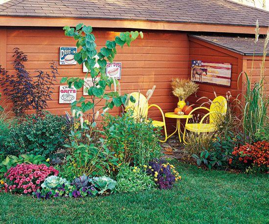 Pretty Patio: Pretty Patio, Corner Patio, Gardens Decor, Outdoor Living, Country Living, Outdoor Spaces, Beautiful Gardens, Great Ideas, Gardens Makeovers
