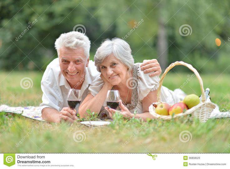 Любящие пожилые пары Стоковые Фото - изображение: 36858523
