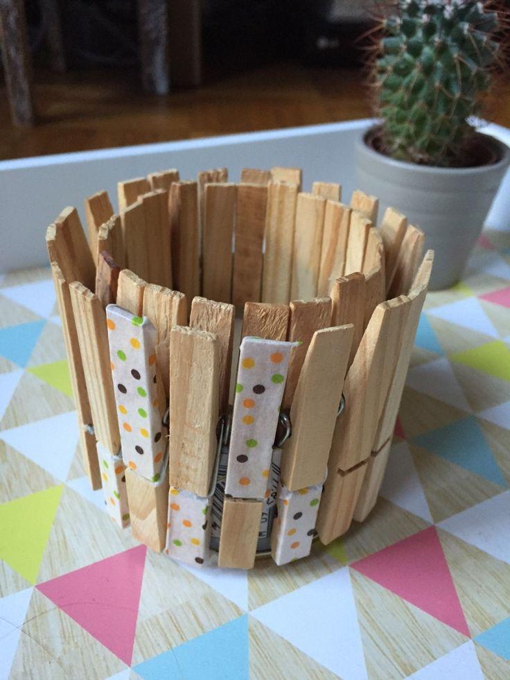 Bougie pince à linge - DIY - Koundelitch.fr - Une petite boîte métallique, quelques pinces à linge, une bougie et vous voici avec un bougeoir 100% récup