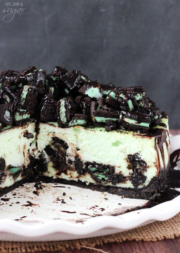 Mint Oreo Cheesecake - Oreo crust, chopped Oreos, chocolate sauce and thick and creamy mint cheesecake!