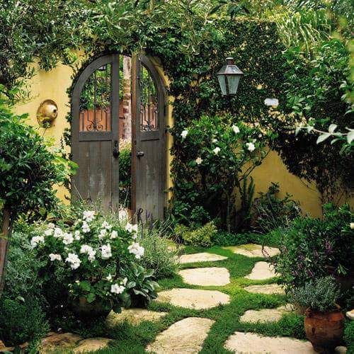10+ Images About Enclosed Courtyards On Pinterest
