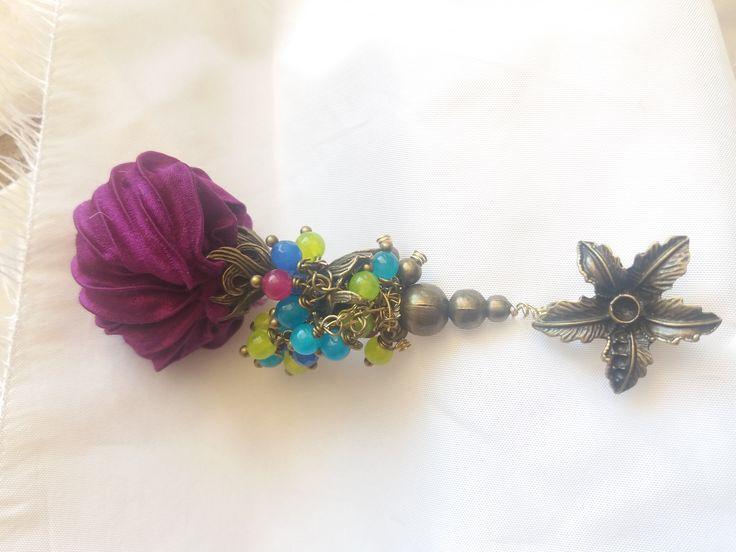 Cod-350 Mauve shibori silk body decorated with orichalcum ornaments and natural semi-precious stones.  https://www.facebook.com/Crown-Art-Jewelry-685629774912291